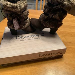 Bearpaw Bridget Womens Boots New in Box